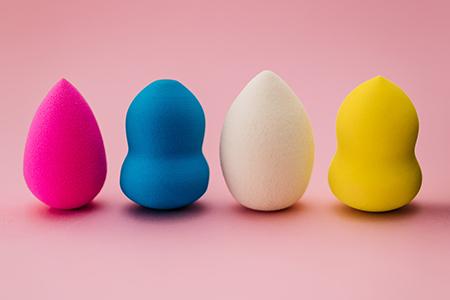 Hoe gebruik je de beauty blender? Leer ermee te werken!