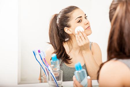 DAILY ROUTINE: Hoe correct je make-up verwijderen